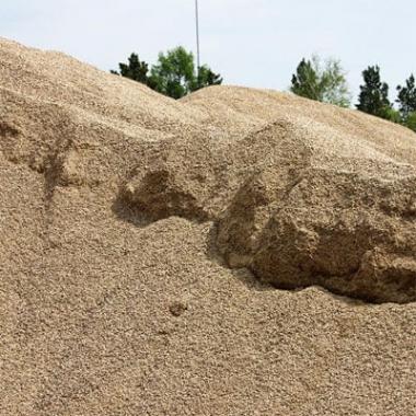 Купить крупнозернистый песок в Омске